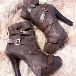 MICHAEL KORS Leather Buckle  Heel Ankle Boots
